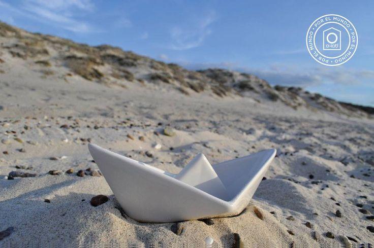 O-lab por el mundo.  Navegante por la playa.