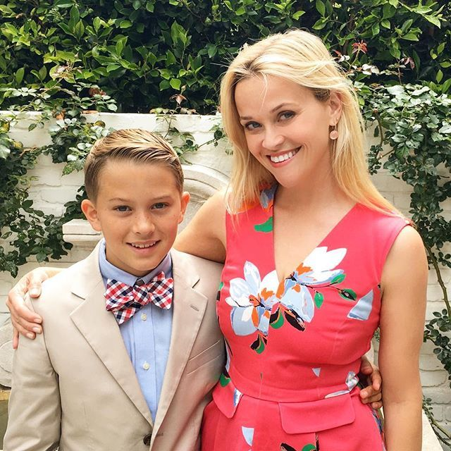 Pin for Later: 8 Cute Snaps That Show Reese Witherspoon and Deacon Phillippe's Close Bond