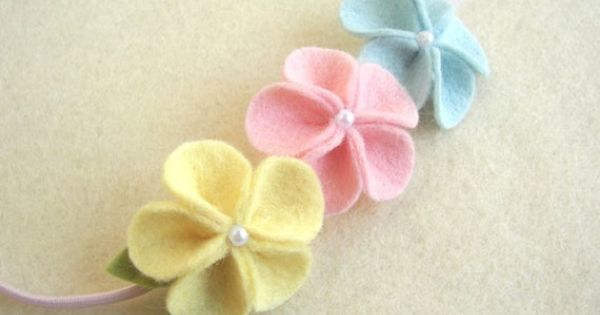 Ideia - terço com estas florzinhas de feltro | Baby | Pinterest | Felt Flowers, Felt and Elastic Headbands