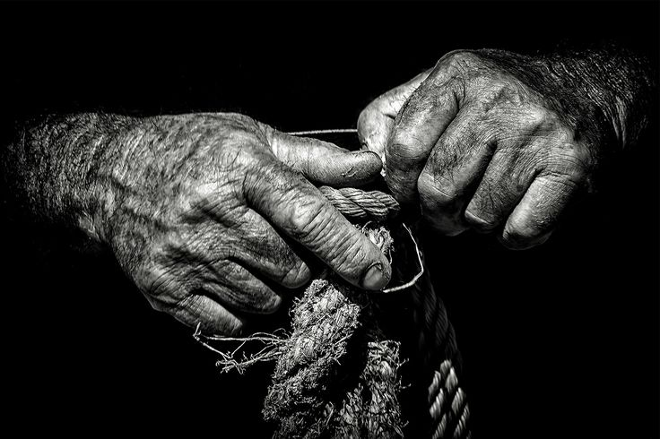 Talking Hands by António Leão de Sousa on 500px
