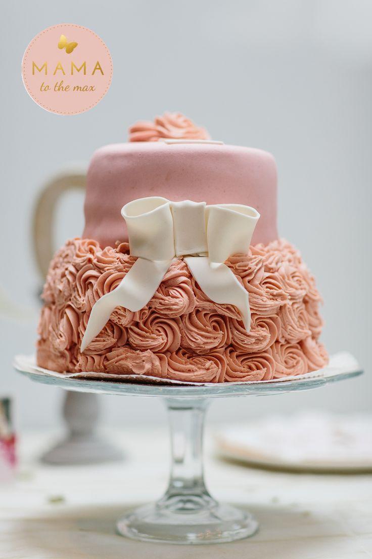 birthday cake MAMA to the max