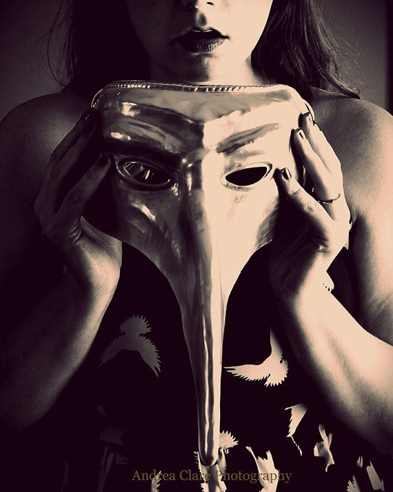 Surreal Portrait Mask Fine Art Photograph Photography Photo - Surreal faceless portraits will haunt nightmares