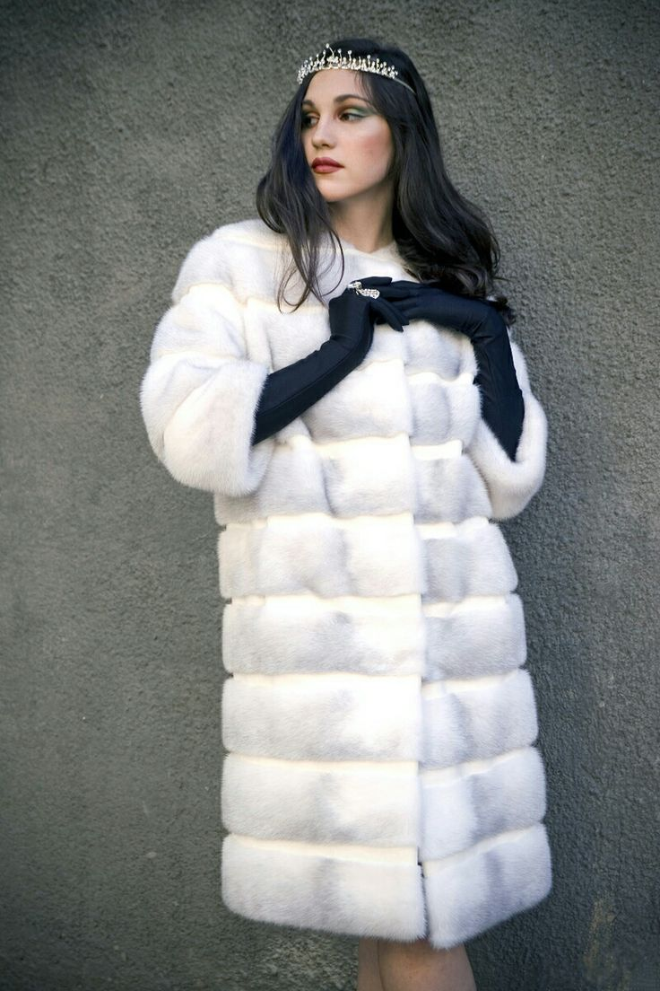 13 best Fur coats no knickers images on Pinterest | Fur fashion ...