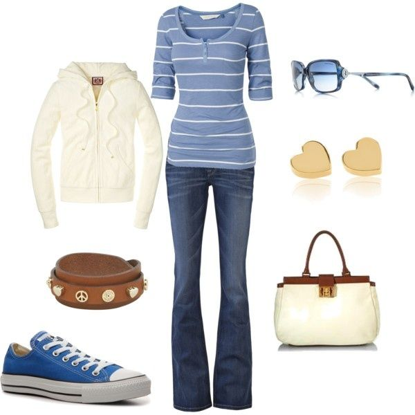Comfy casual soccer mom type outfit