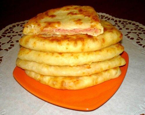 Сырные лепешки с ветчиной за 5 минут – простой рецепт / Простые рецепты