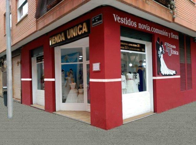 . Tienda �nica en Valencia, ofrece mejores modelos de comuni�n desde 150. Visita nuestra Tienda �nica plaza Enrique Granados 8 bj.Valencia