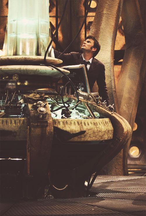 David Tenant as the tenth doctor. I don't know exactly why I like this picture so much but there's so much beauty in it.