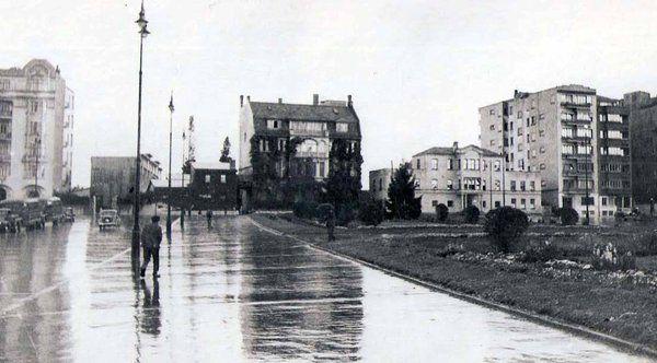 AKM yapılmadan önce (1946. Taksim. Hayati Tabanlıoğlu Arşivi)