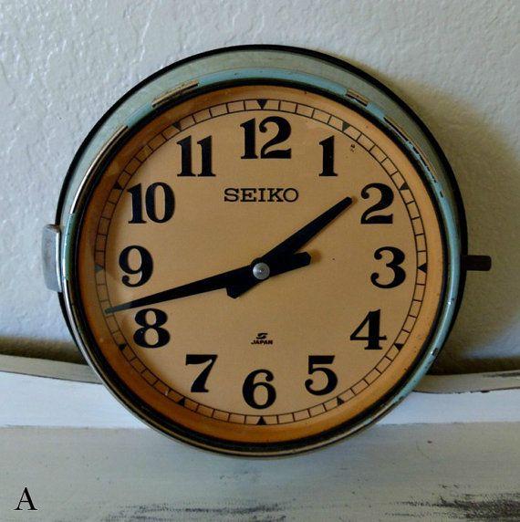 7 best horloges vintage images on pinterest horloge murale look r tro et noir. Black Bedroom Furniture Sets. Home Design Ideas