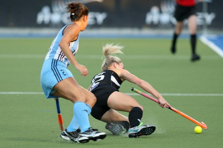 Argentina play New Zealand in five game series in Feb/March 2013