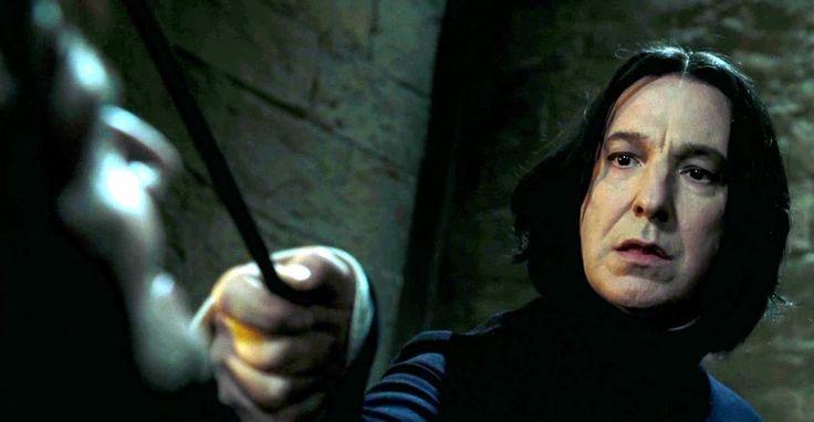 Alan Rickman, nonostante la lunga e brillante carriera, per tutta una generazione resterà per sempre Severus Piton, professore di Difesa contro le Arti Oscure, della casa dei Serpeverde È morto Piton! Se avessi iniziato dicendo è morto Alan Rickman non credo che avrebbe fatto lo stesso effetto. Rickman, prima di essere Severus Piton, era un