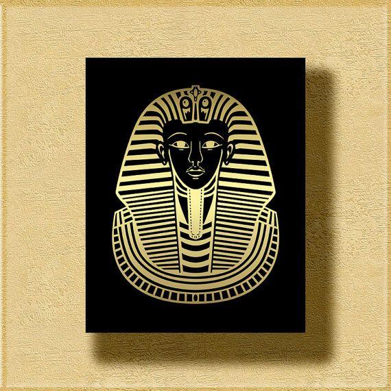 Tutankhamun&#39-s Sarcophagus Stock Photo - Image: 48080631