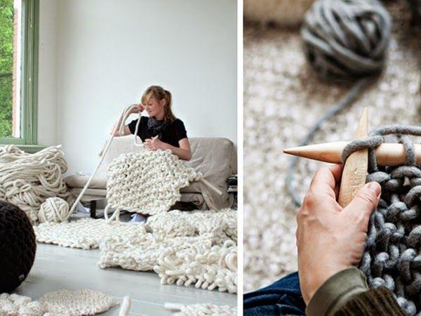 Wełniane pufy, jaśki, dywany i kosze do wnętrza