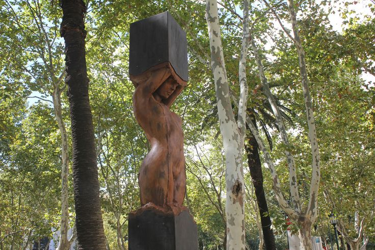 Ritos de Passagem II - Escultura de Rogério Timóteo