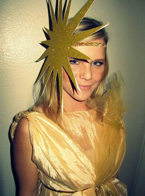 Claire, Sun costume.