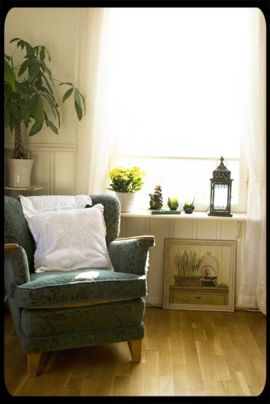 Window shelves: Chair, Window Sill, Window Shelves, Decorating Ideas, Living Room, Cottages, House Decor