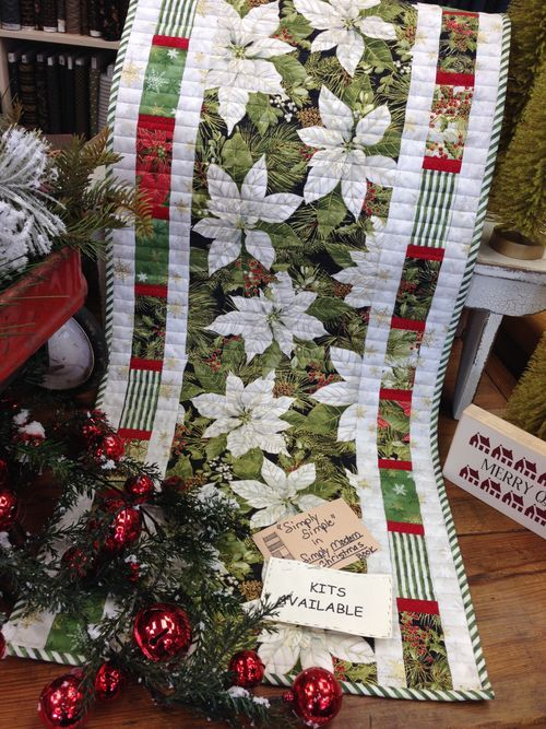 Best 25+ Christmas quilting ideas on Pinterest | Quilted table ... : christmas quilting projects - Adamdwight.com