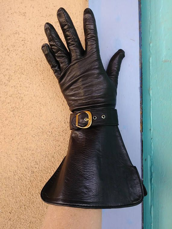 c309af9276441 Vintage 1960s Black Leather Gloves Gauntlet Wrist Pirate
