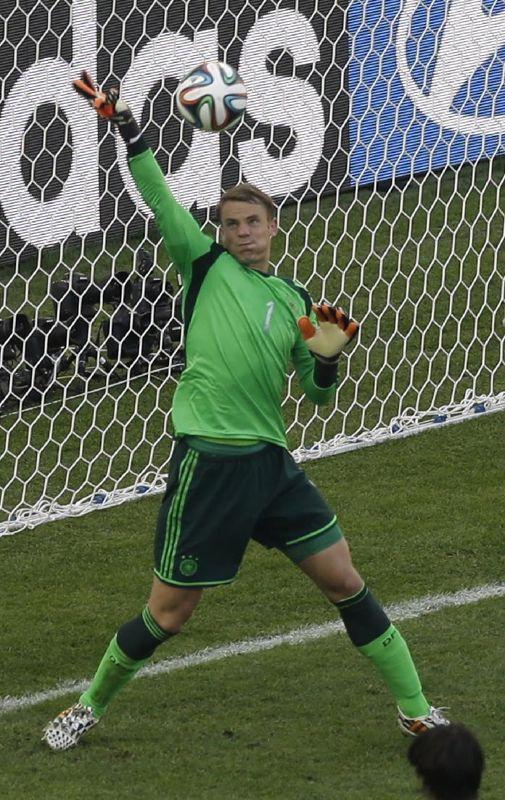 Manuel Neuer, Germany (FC Schalke 04, Bayern München, Germany)