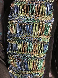 Ribbon Yarn Drop Stitch Scarf (with downloadable PDF pattern).