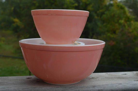 Vintage Pyrex Pink bowls  403 2 1/2 quart 401-smallest