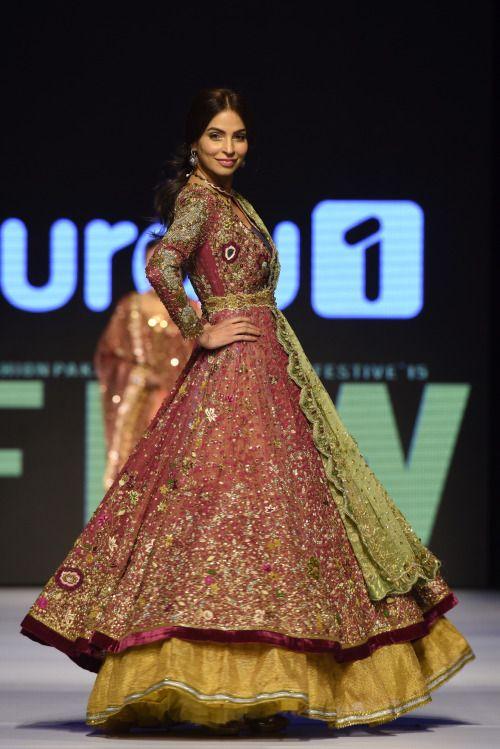 highfashionpakistan:  Tena Durrani Fashion Pakistan Week...