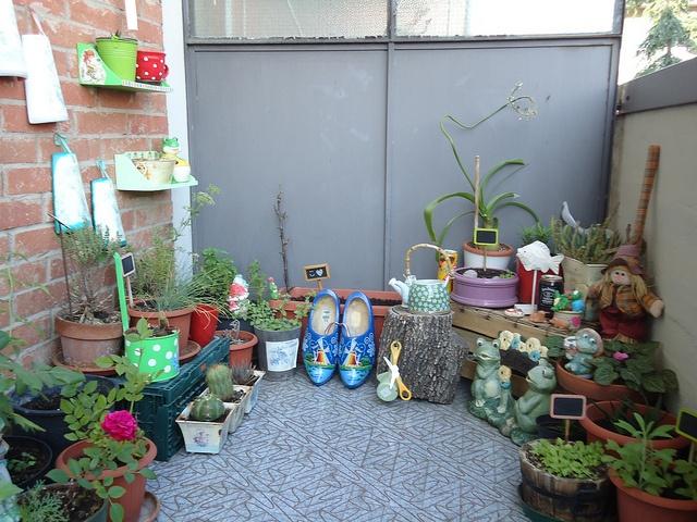 Giardinaggio... by ♥GIÖ♥, via Flickr