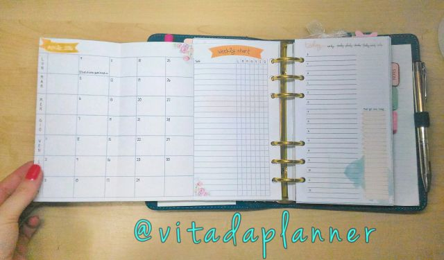 Folding planner inserts