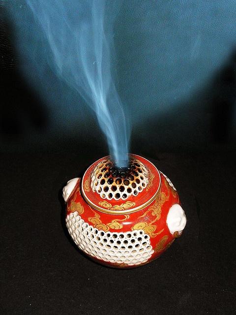 Chinese incense burner by gdraskoy