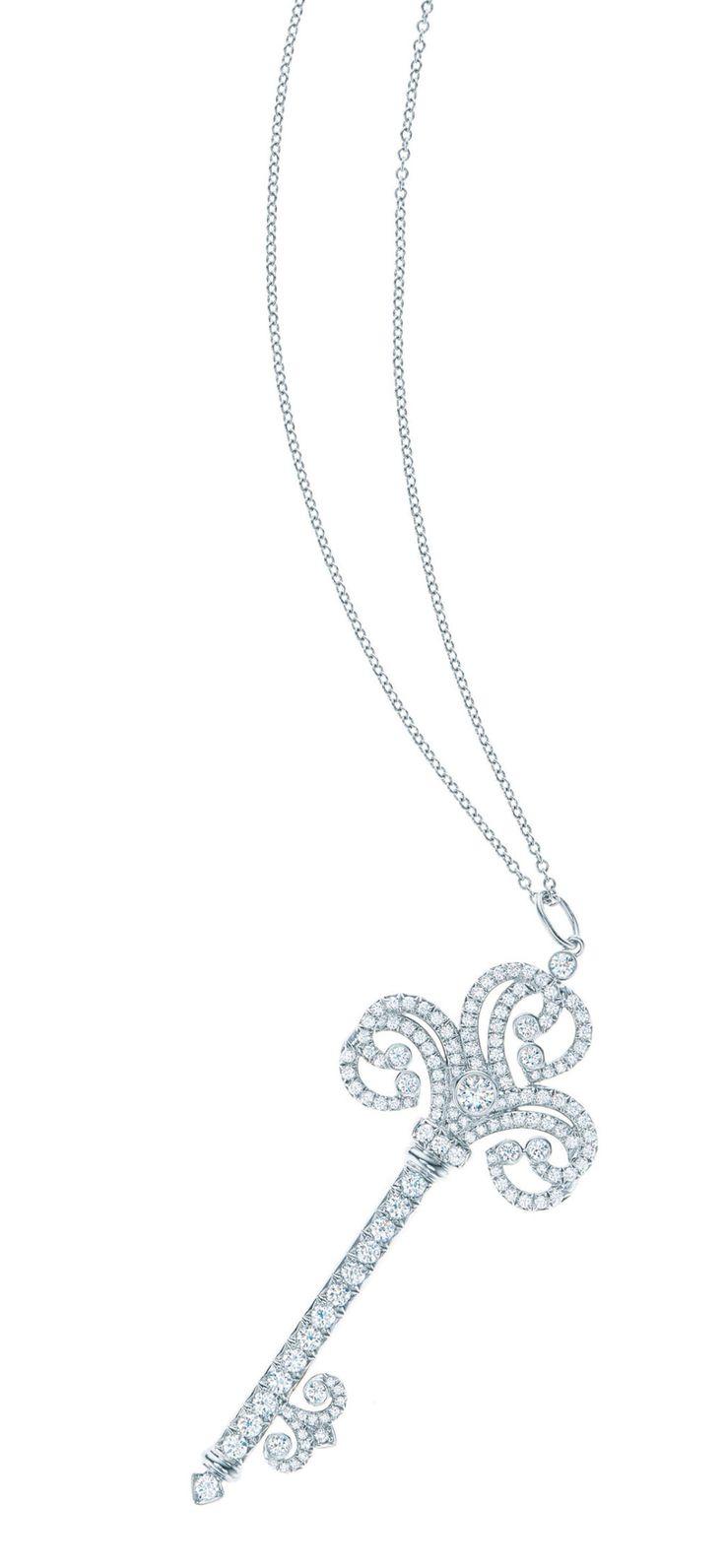 Pendente chiave in platino e diamanti. Tiffany