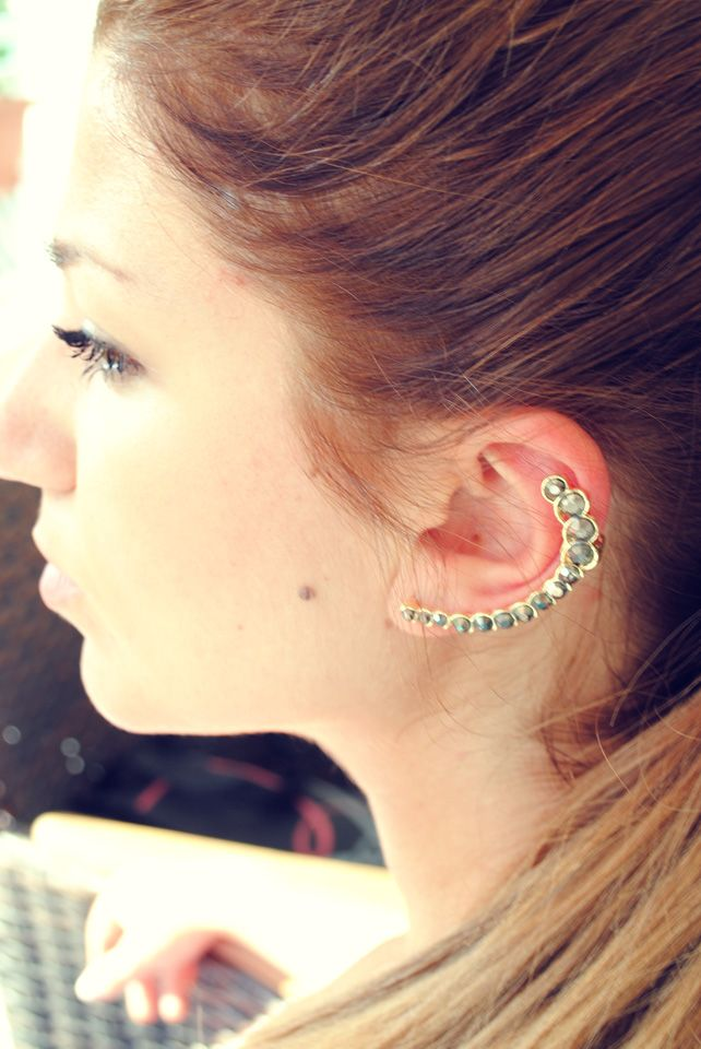 Gold Strass Ear Cuff