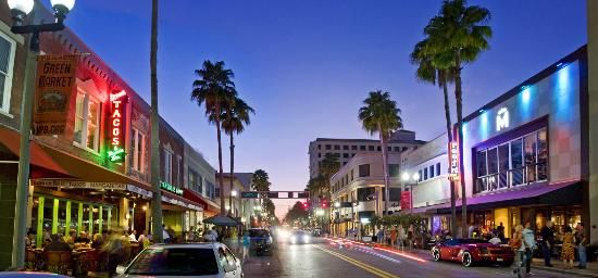 Clematis St., Downtown #WestPalmBeach awesome shopping and nights out! #transportingtheworld