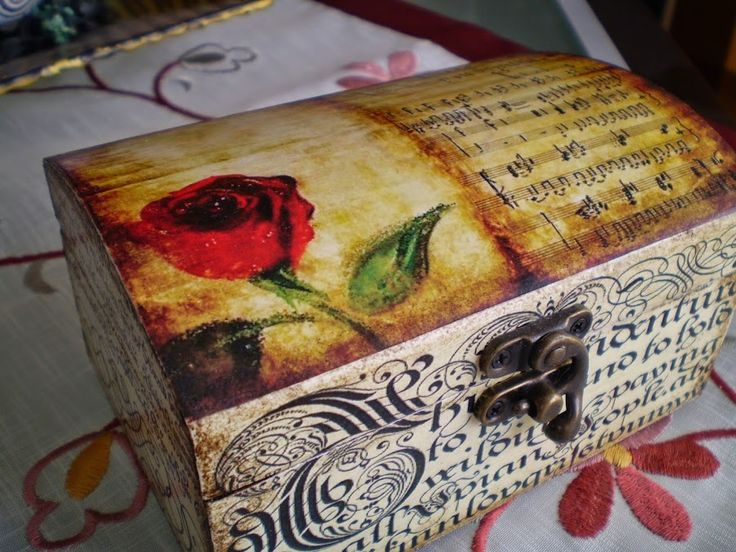 Decoupage: Técnica y materiales