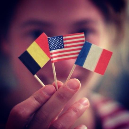 Bruxelles > Paris > Bruxelles > New York > Paris...