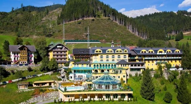 Hotel Pichlmayrgut - 4 Star #Hotel - $136 - #Hotels #Austria #Pichl http://www.justigo.me.uk/hotels/austria/pichl/pichlmayrgut_47988.html