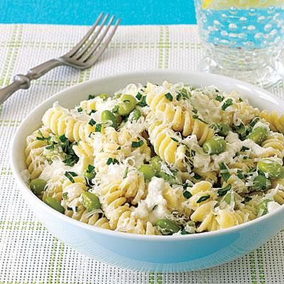 Vegetarian recipes: Pasta with Ricotta and Edamame