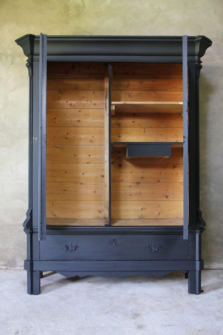 Zwarte Biedermeier Kledingkast - Inndoors Meubelen en Interieur