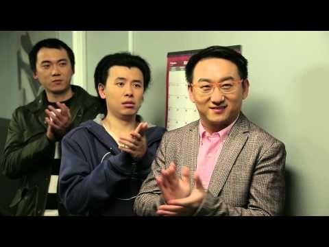 大褲衩第十六集《諜影重重(下)》 - YouTube 吳鞅從呂丹丹的手機短息中知道了她和斯科特的曖昧關係,為了扳倒這位多年的宿敵,吳鞅決定使出獨門秘殺技。正值中宣部領導、姜台、賈主任來加。。。#bigshorts #bigshortstv #cctv #China #大裤衩 #大裤衩电视台 #中央电视台 #中国 #幽默 #电视剧 #YouTube