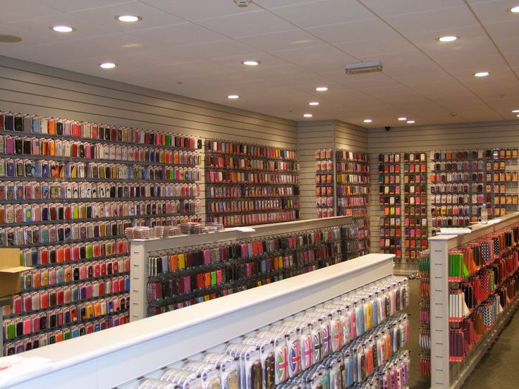 A muted colour slatwall display goes really well when you have very colourful products!