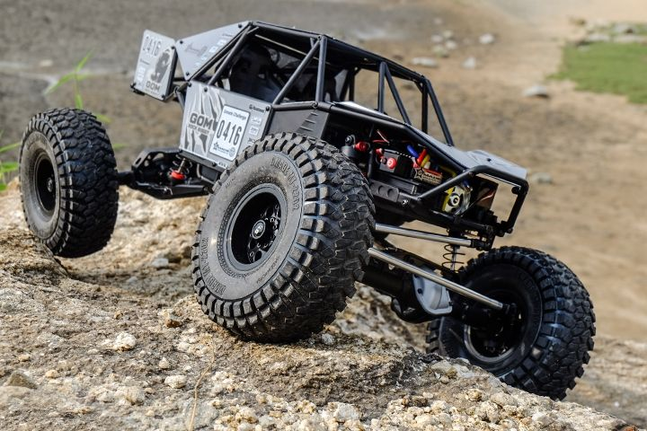 Remote Controlled Cars Can Be So Much Fun Try As They May Though There Are A Few Things About Them That Th Rock Crawler Remote Control Trucks Rc Rock Crawler