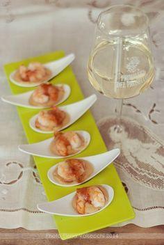 Nella cucina di Ely: Code di gamberi con guanciale su crema di ceci