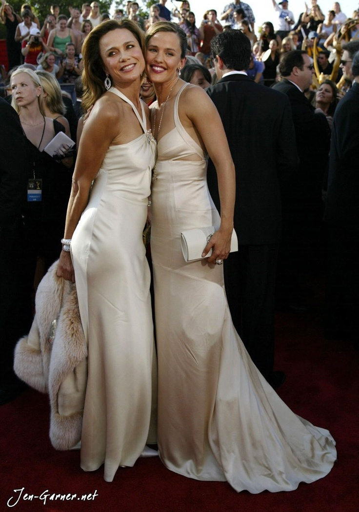 Lena Olin and Jennifer Garner, Emmy's 2003.