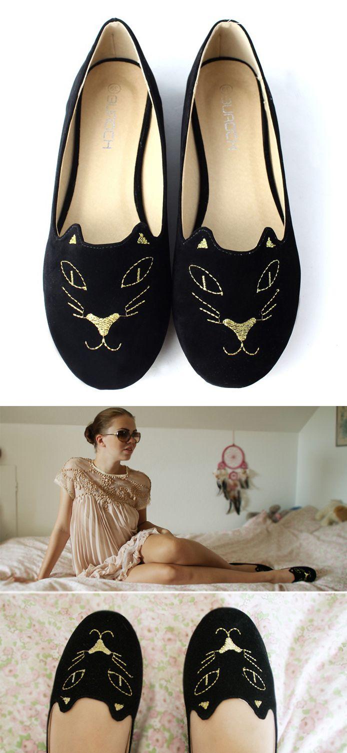 Cute Black Cat Flats! #shoes #loafers #cat #kitty #kitten #feline #fashion #Fall #embroidery