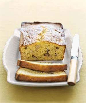 Ingredients: 1 box yellow cake mix, 1 package Jell-O Instant Banana Cream Pudding  Pie Filling, 1/2 cup water, 1/2 cup vegetable oil, 2 ripe bananas, mashed, 4 eggs, 1 cup chopped pecans  Directions: Heat oven to 350 F.  Mix all the ingredients well. Pour into 2 large or 4 small greased loaf pans. Bake for 40 to 45 minutes. (For those allergic to nuts, this recipe can be made without the pecans.) favorite-recipes fabfour64