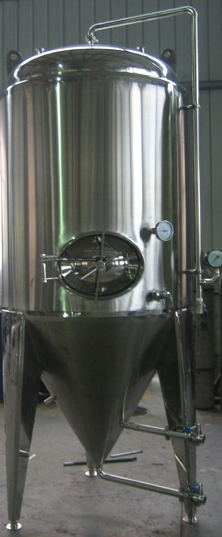 28 best craft beer equipment brew systems and tanks for Craft a brew fermenter