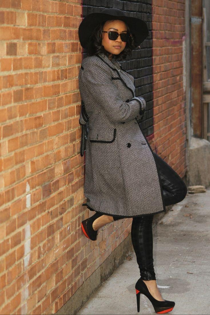 Preppy fall fashion | Preppy plaid leggings