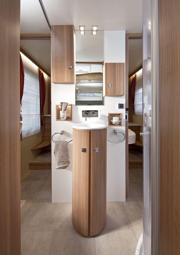 graphite 388eb salle de bain transversale avec lavabo en. Black Bedroom Furniture Sets. Home Design Ideas