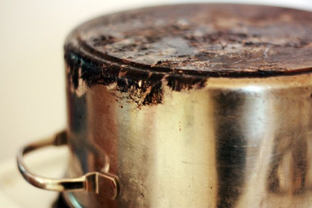 How To Clean Burnt Bottom Of Pan Diy Pinterest Cleanses
