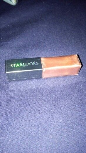 Starlooks lipgloss in Cuddle - $3 shipped