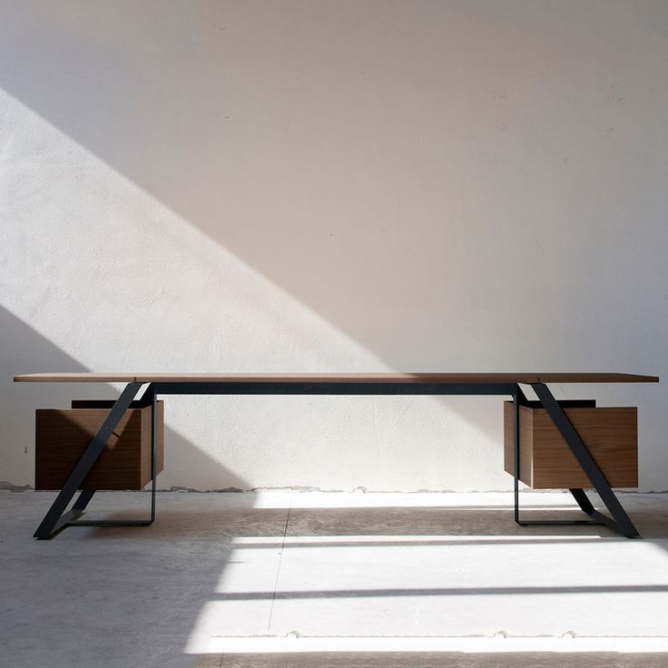 Joint Desk Walnut